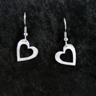 Boucle d'oreilles Cœur ajouré sur crochet 1.5×1.5cm