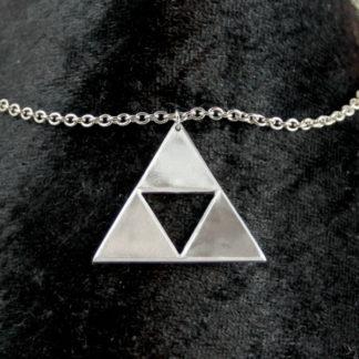 Pendentif Triforce Zelda sur chaîne acier inox.