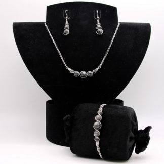 Parure : boucles d'oreilles / bracelet / collier Perles de Labradorite grise.