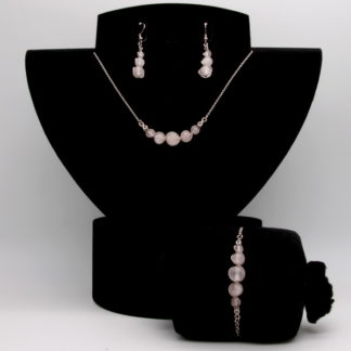Parure : boucles d'oreilles / bracelet / collier Perles de Quartz Rose.
