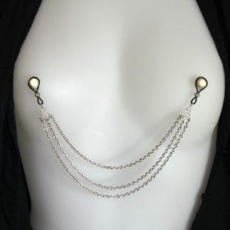 Bijoux pour seins sans piercing, Chaîne 3 rangés grande maille.