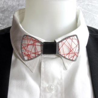 Nœud papillon en aluminium découpé Ajouré tissé coton rouge.