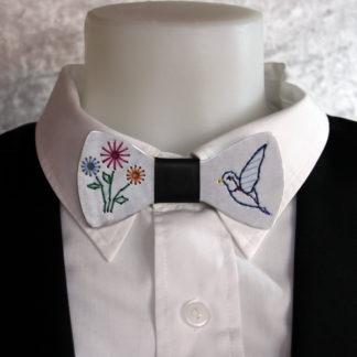 Nœud papillon en aluminium Brodé Fleur & Oiseau.