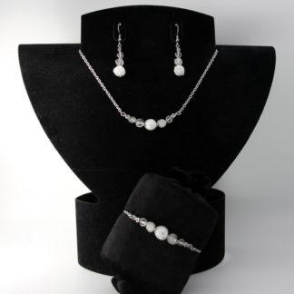 Parure : boucles d'oreilles / bracelet / collier Perles de Cristal de Roche.