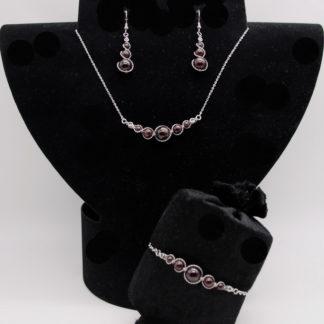 Parure : boucles d'oreilles / bracelet / collier Grenat.
