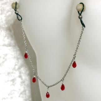 Bijoux pour seins sans piercing, Chaîne maille moyenne 5 pendants perles de cristal de bohème Rouge et hematite argent.